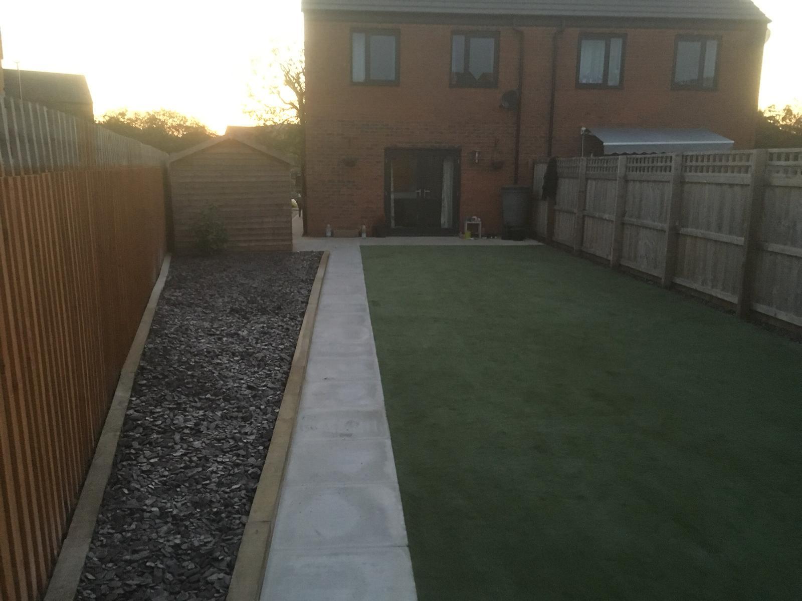 Back garden artifical grass landscaping